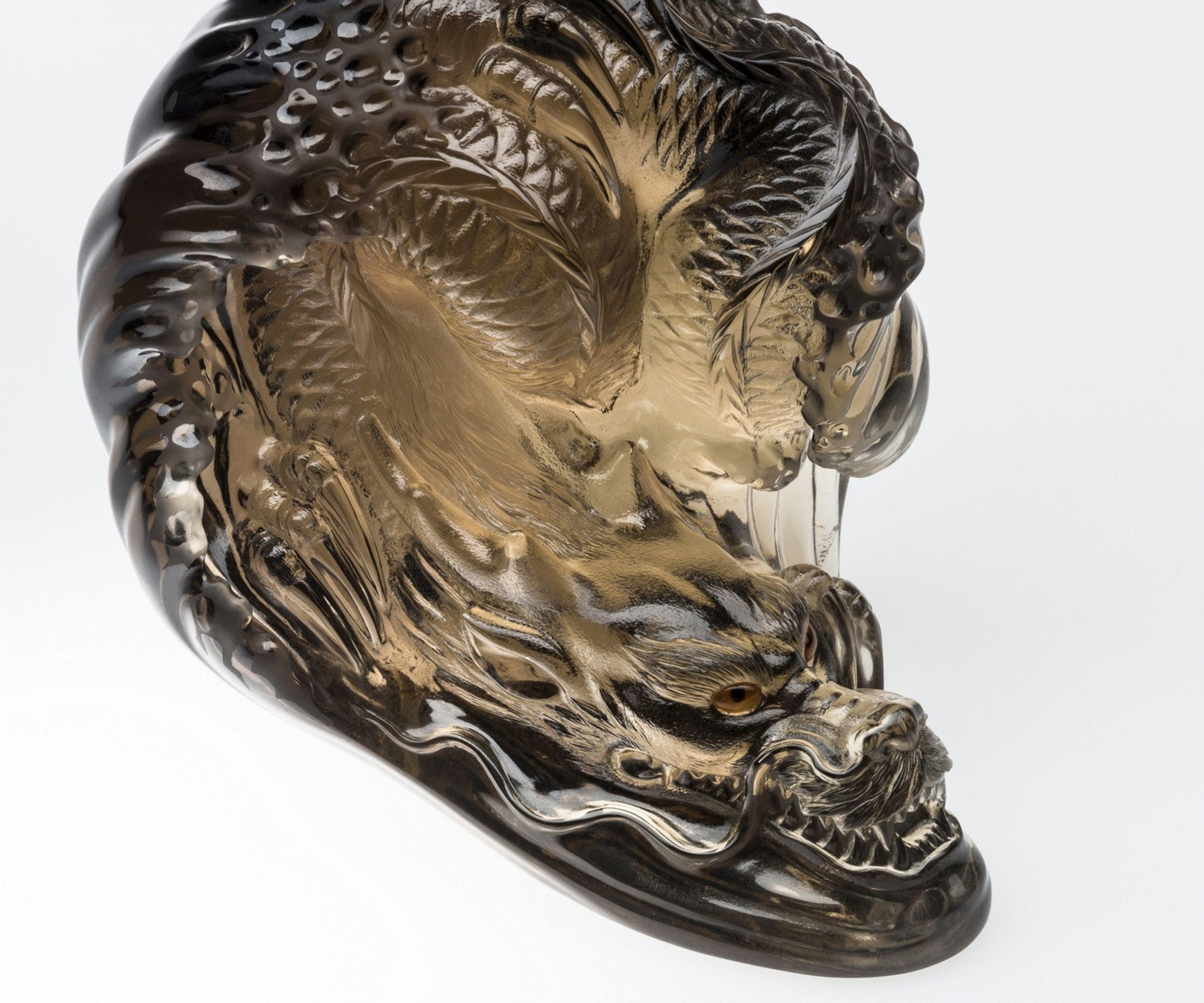 Legend Helsinki - Dragon gemstone sculpture made of smoky quartz. Master carved