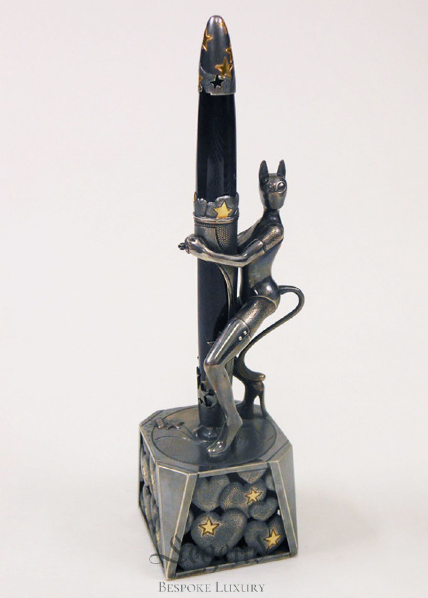 Catwoman hidden knife desktop statue - luxury handcrafted creation | Legend