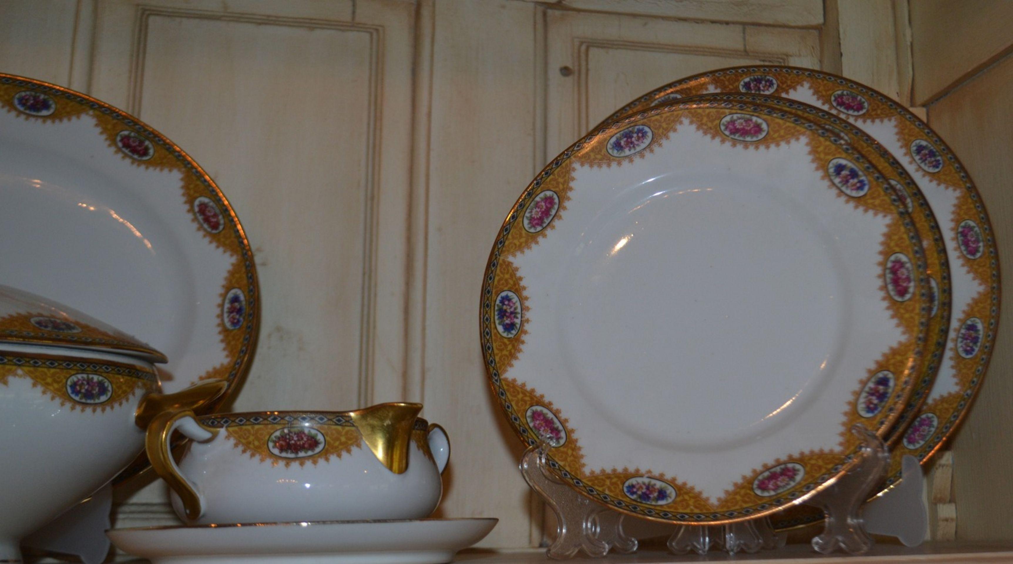 52 Piece set of Limoges Porcelain Dinnerware