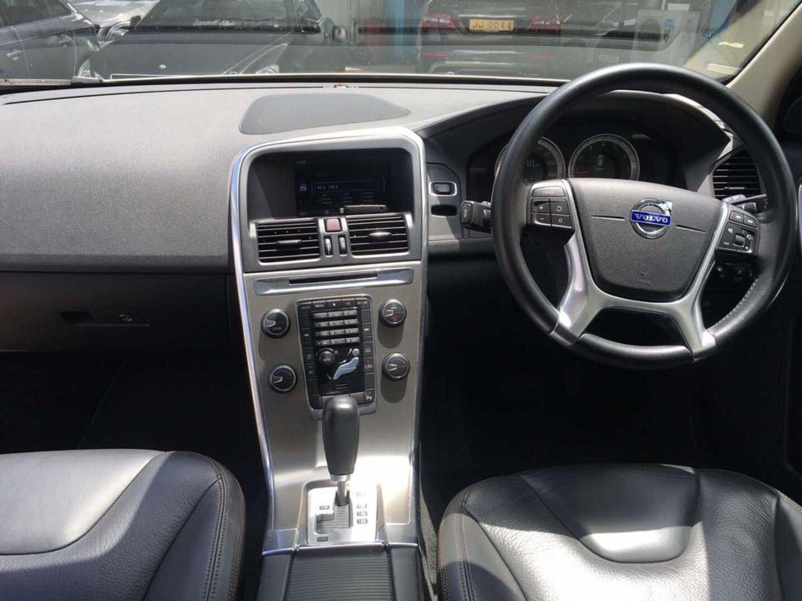 2012 Volvo XC60 2.0T