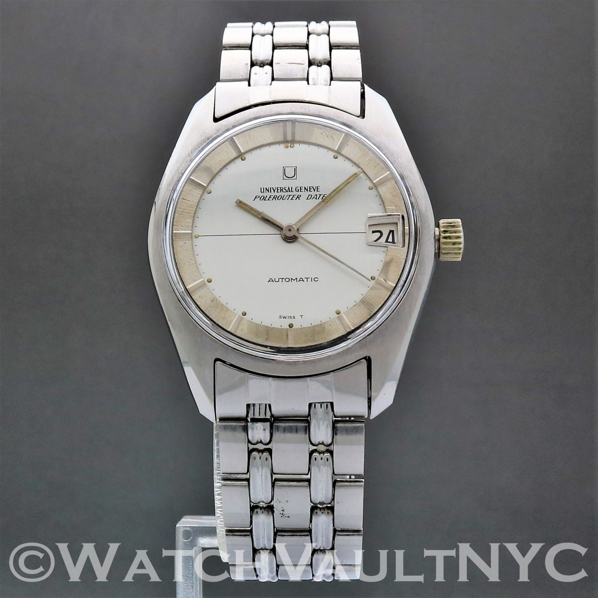 Universal Geneve Polerouter Date 1960s Vintage 34mm Auto  RA302