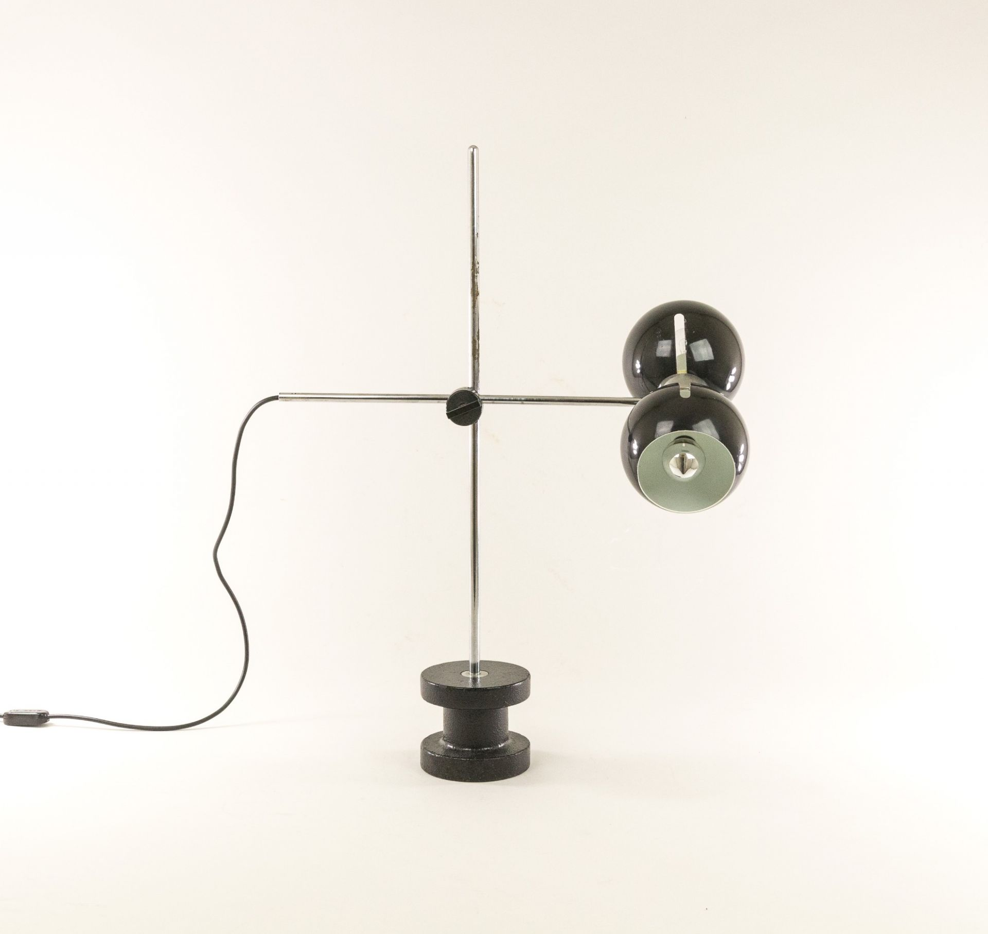 Adjustable table lamp with heavy cast iron base by Valenti, 1970s