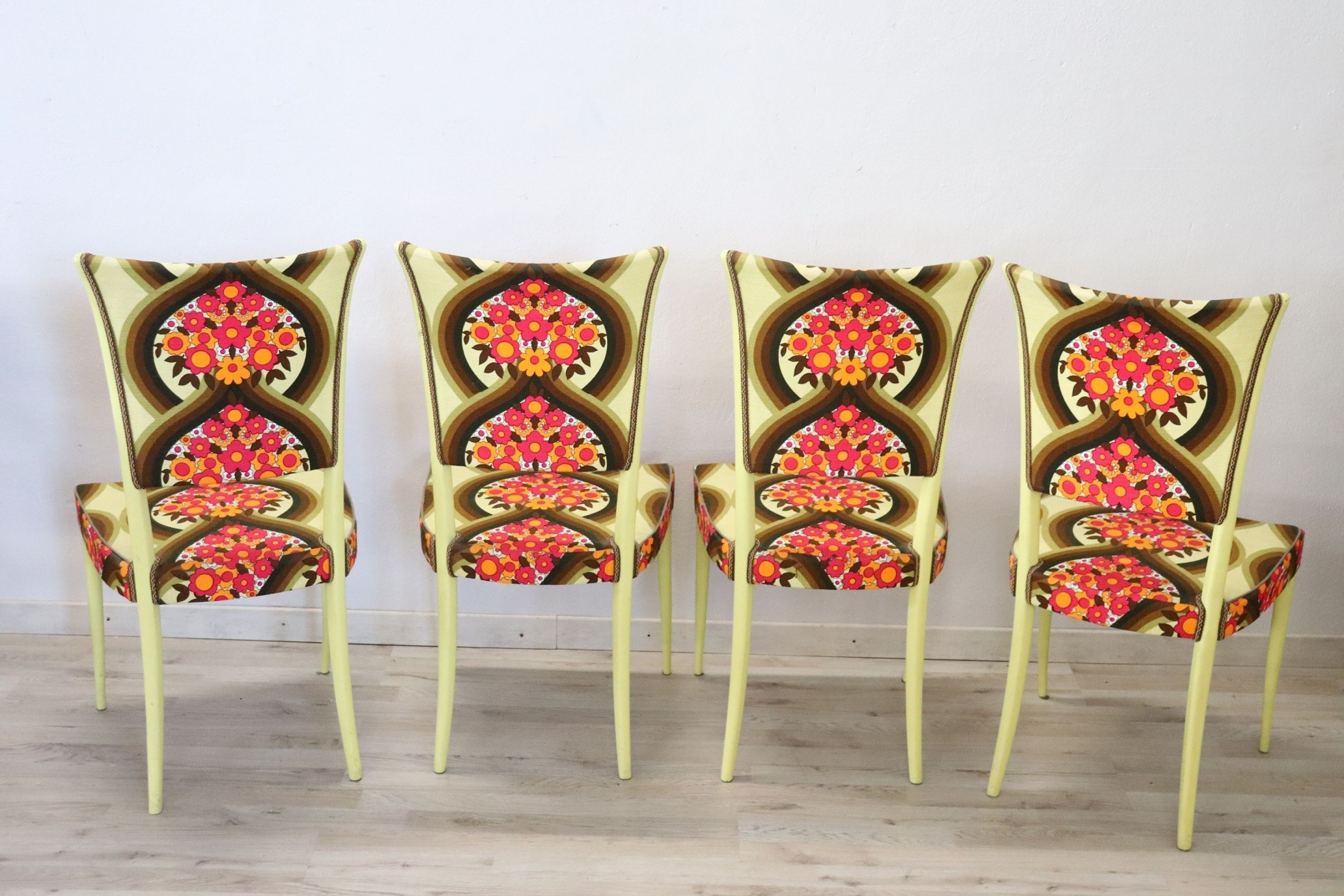 20th Century Italian Vintage Design Set of Four Yellow Chairs