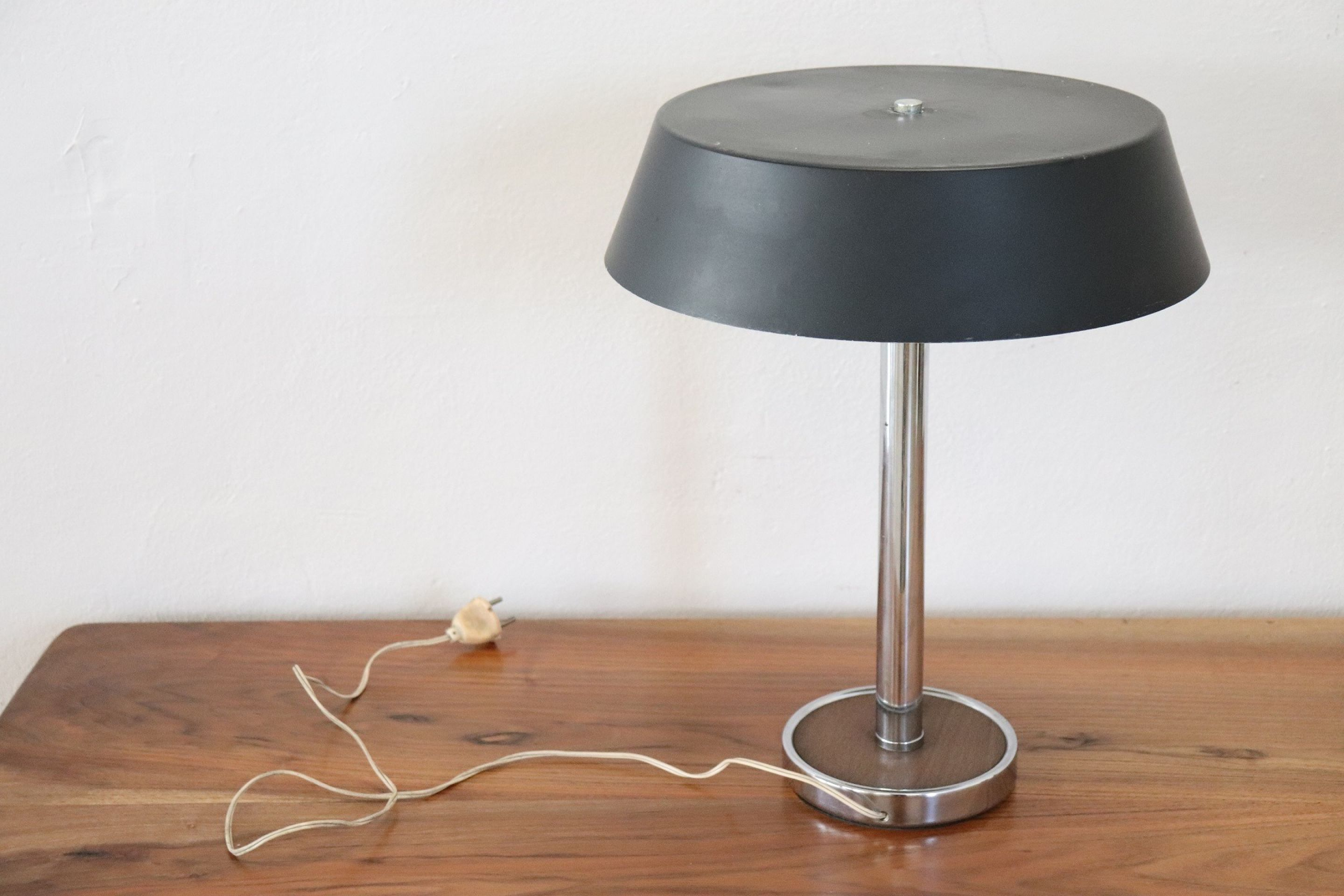20th Century Italian Design Aluminium Table Lamp, 1960s