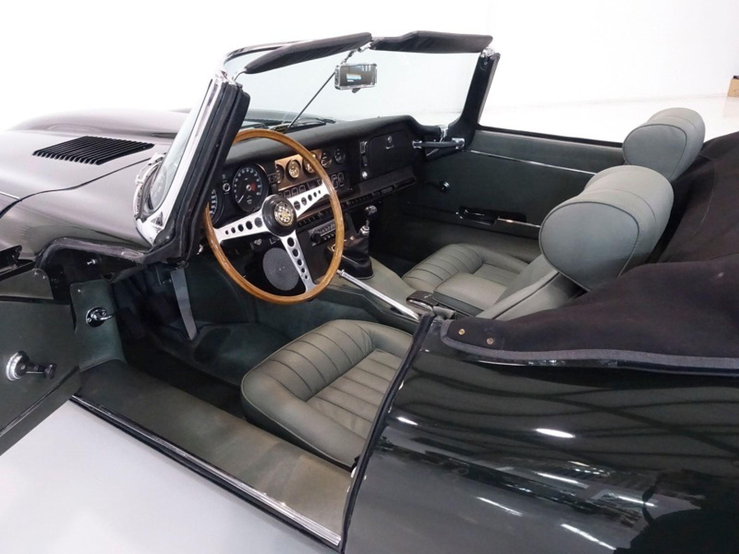 1969 Jaguar E-Type Series II Roadster