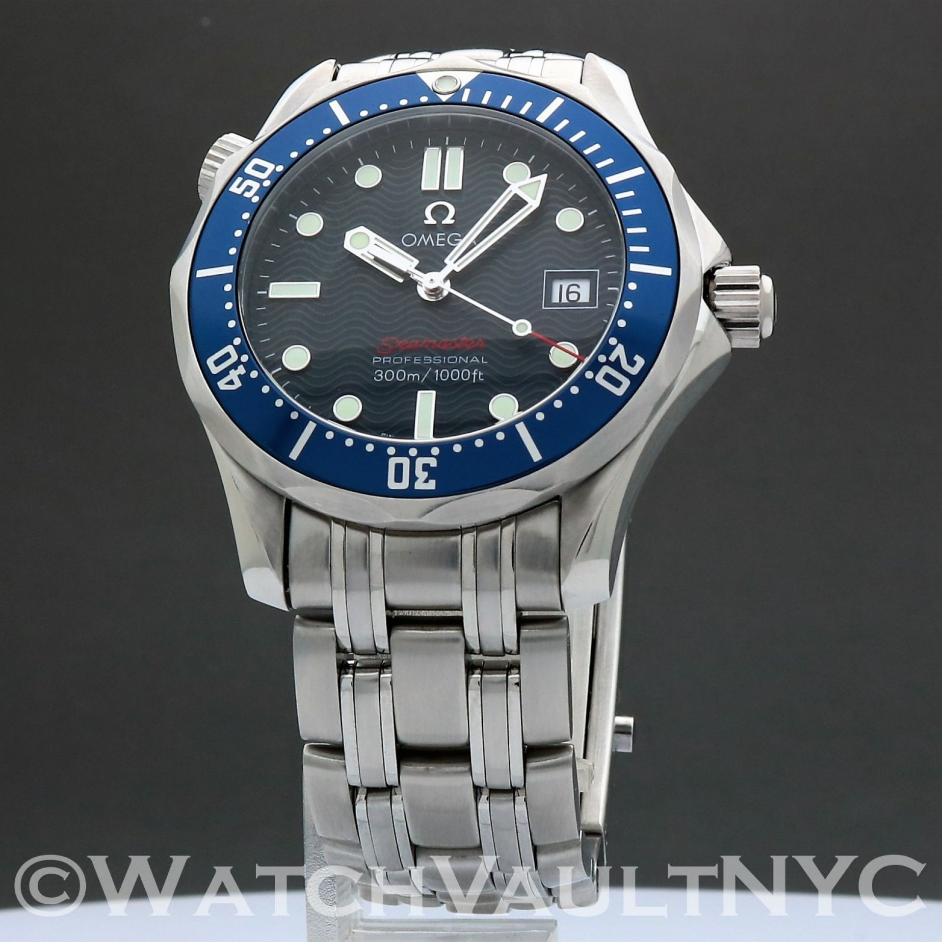 Omega Seamaster Professional 300M 2223.80 James Bond 36mm Quartz RL502