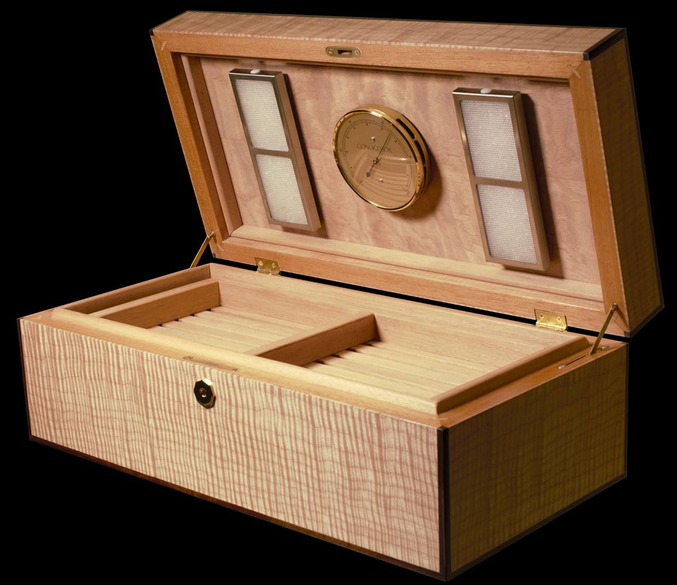 Luxury Desktop Cigar Humidor by Conocedor Finland
