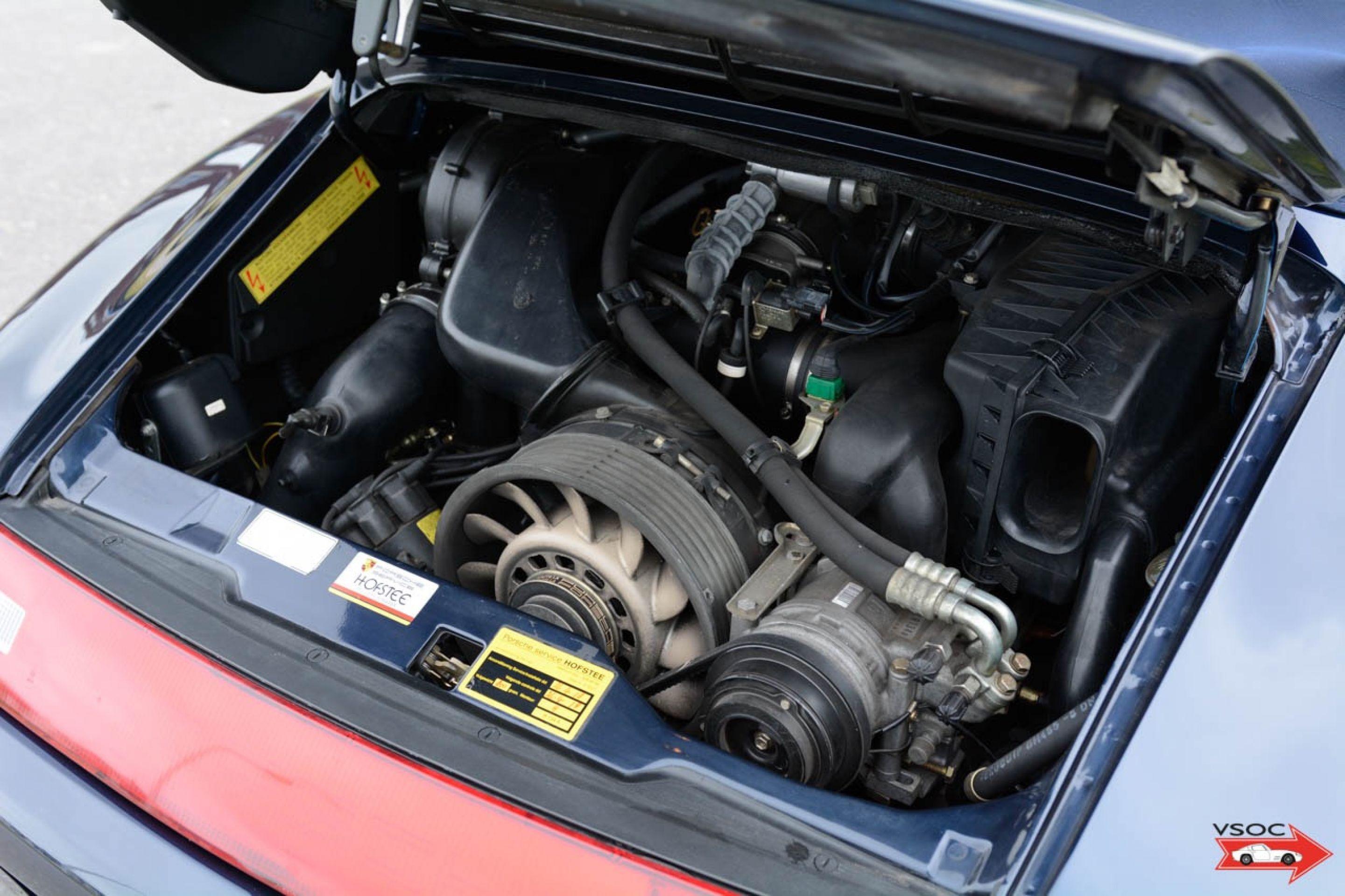 Porsche 993 Carrera 2 Cabriolet - Very nice low mileage example