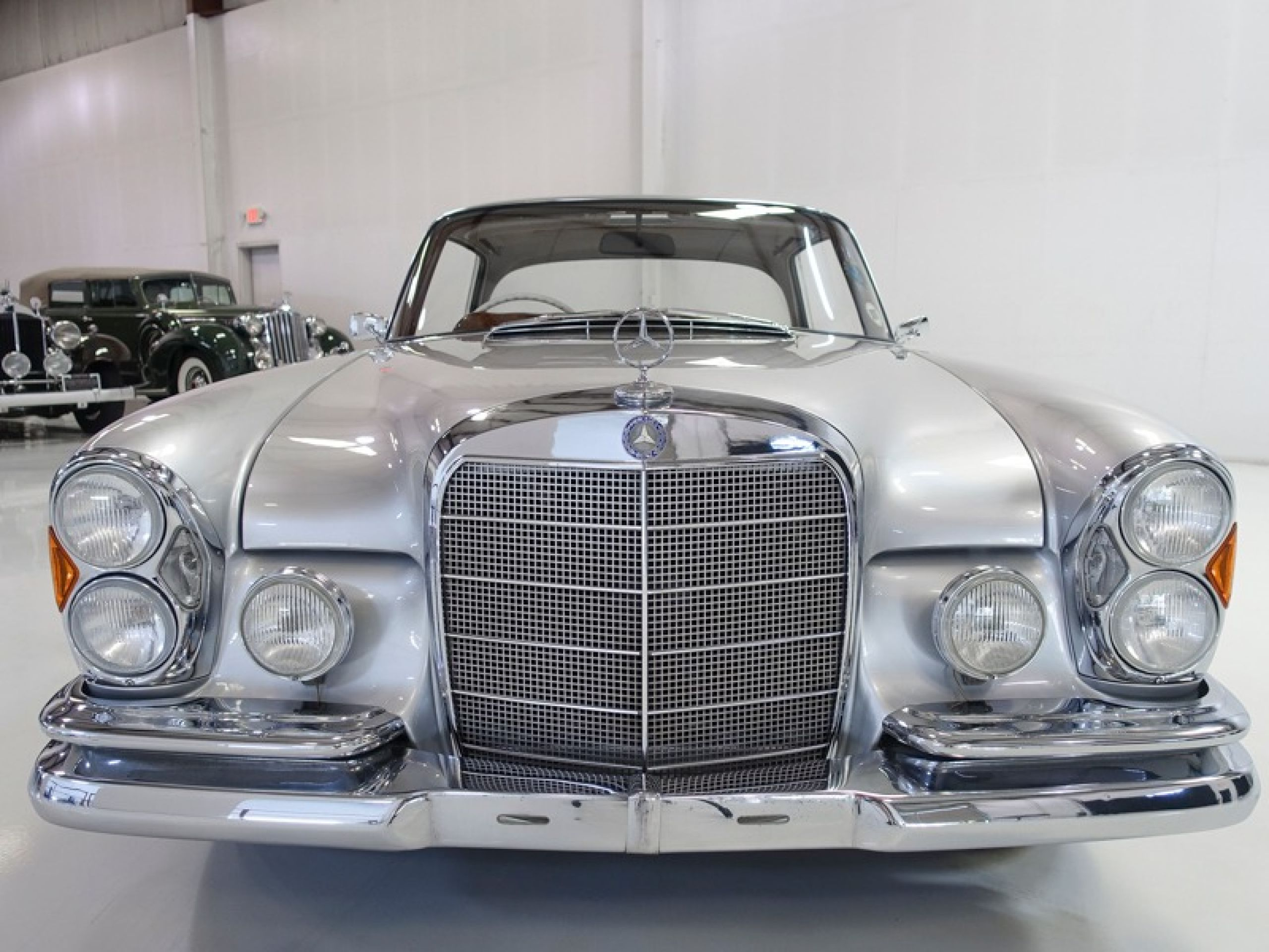 1964 Mercedes-Benz 300SE Sunroof Coupe