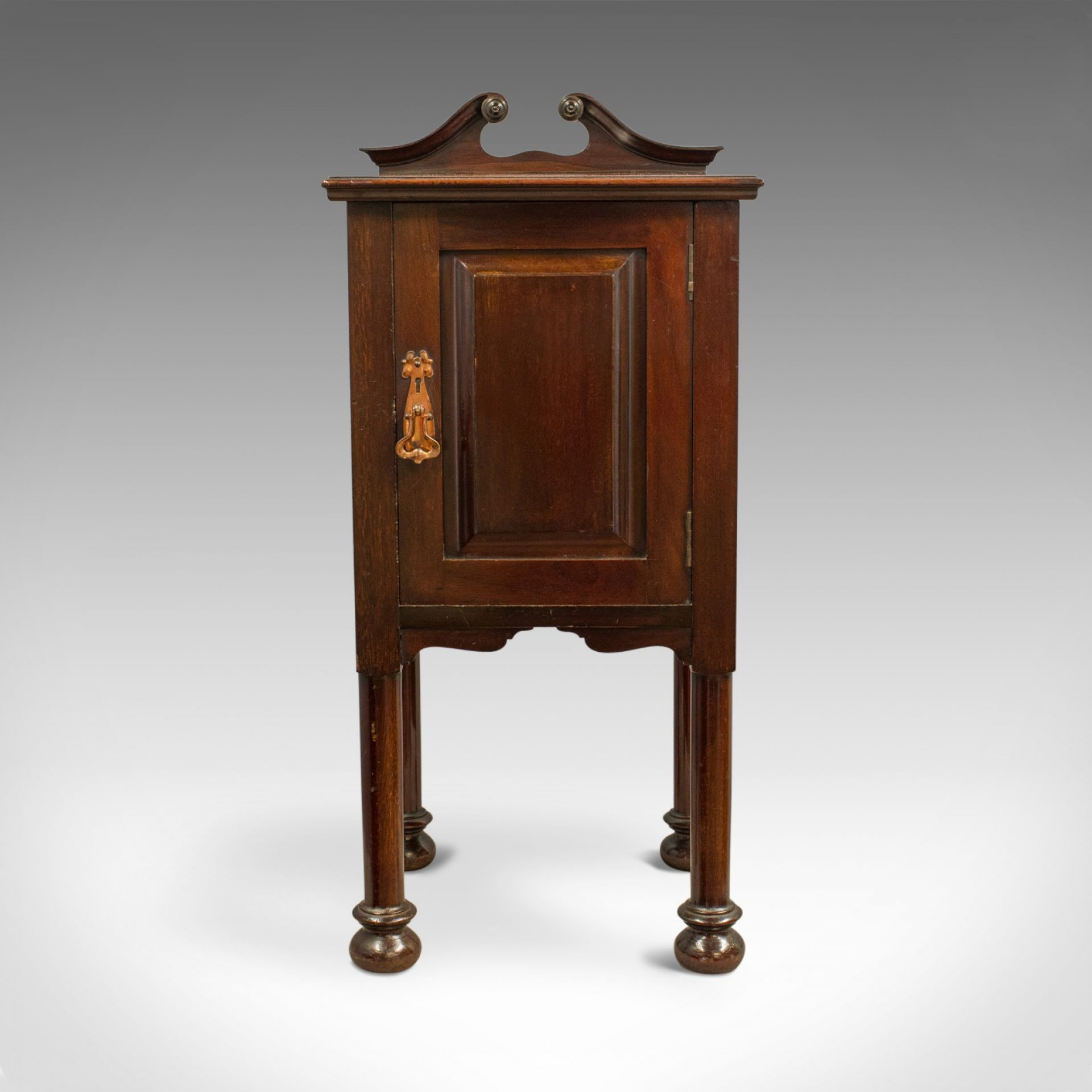 Antique Bedside Cabinet, Arts and Crafts, Maple and Co, Nighstand, c.1890