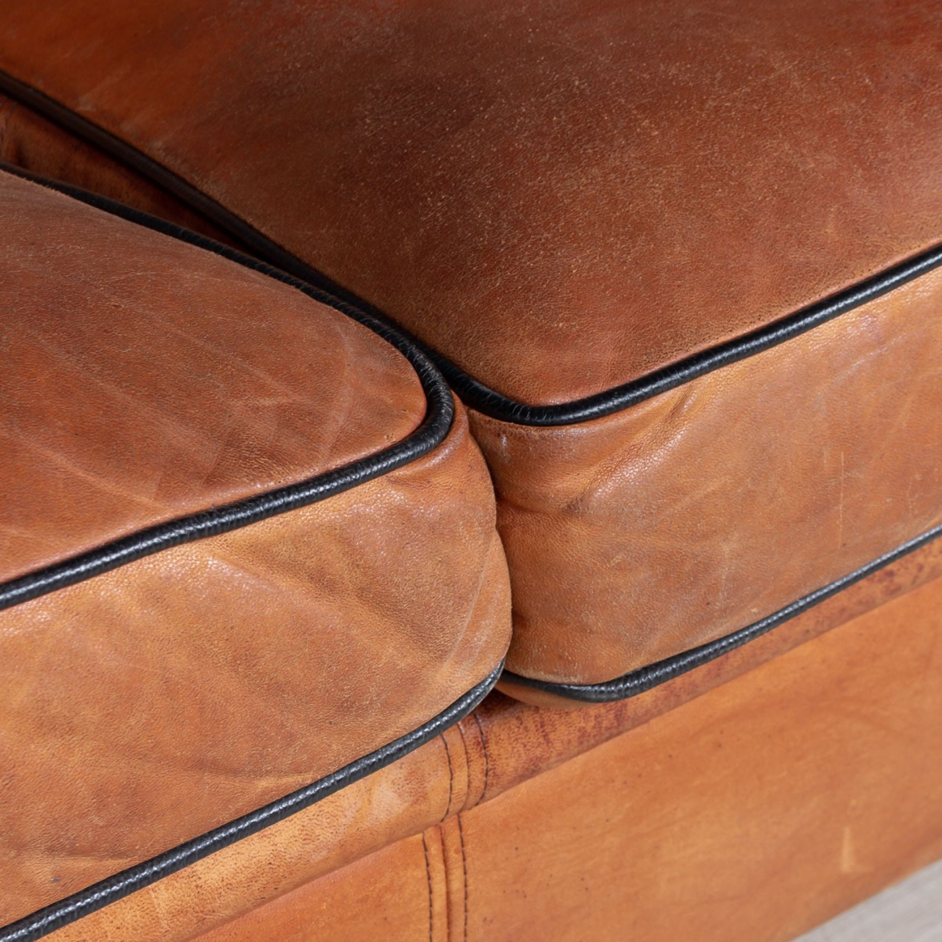 SUPERB DUTCH 20TH CENTURY TWO SEAT TAN LEATHER SOFA