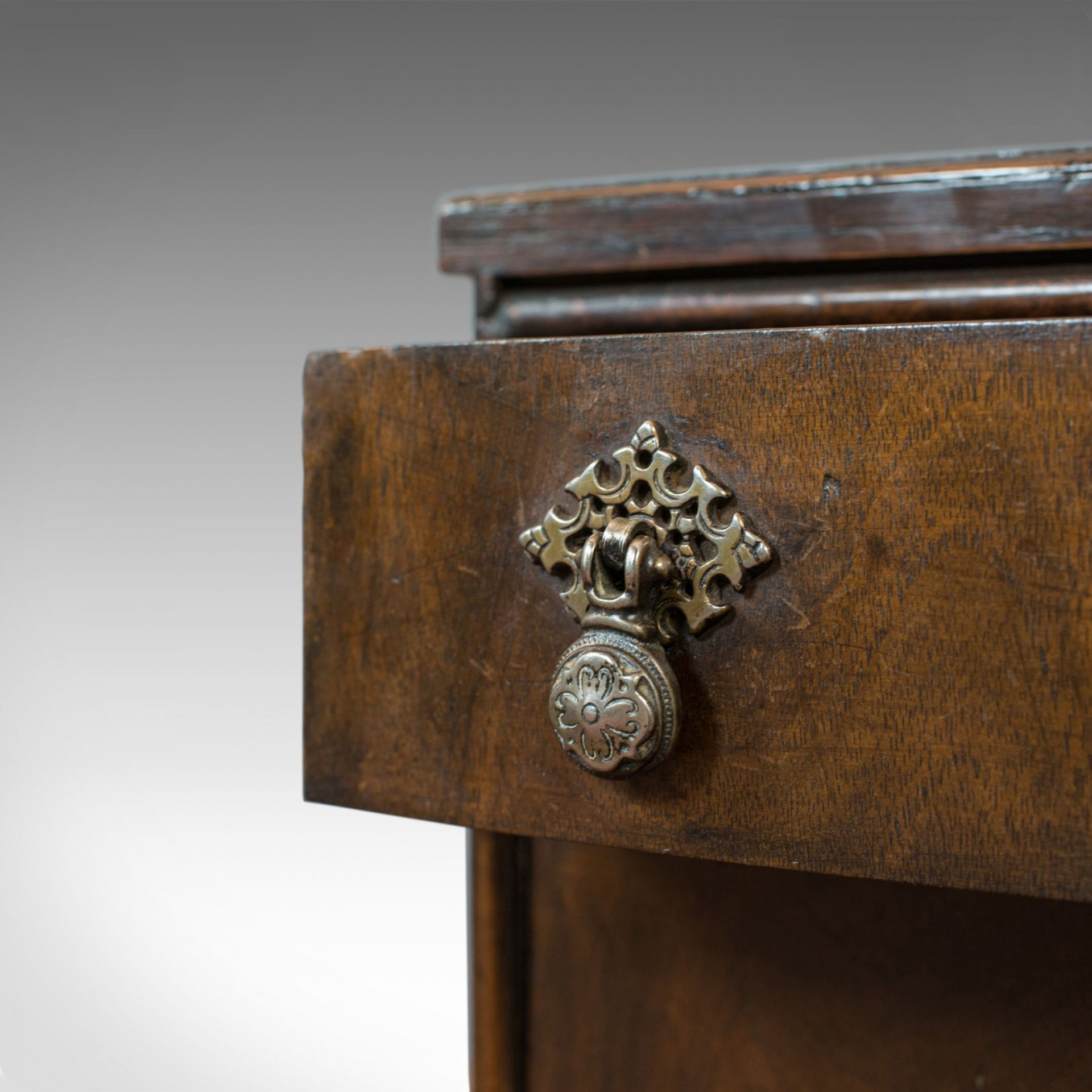 Antique Chest of Drawers, English, Regency, Mahogany, Chest, Early 19th Century