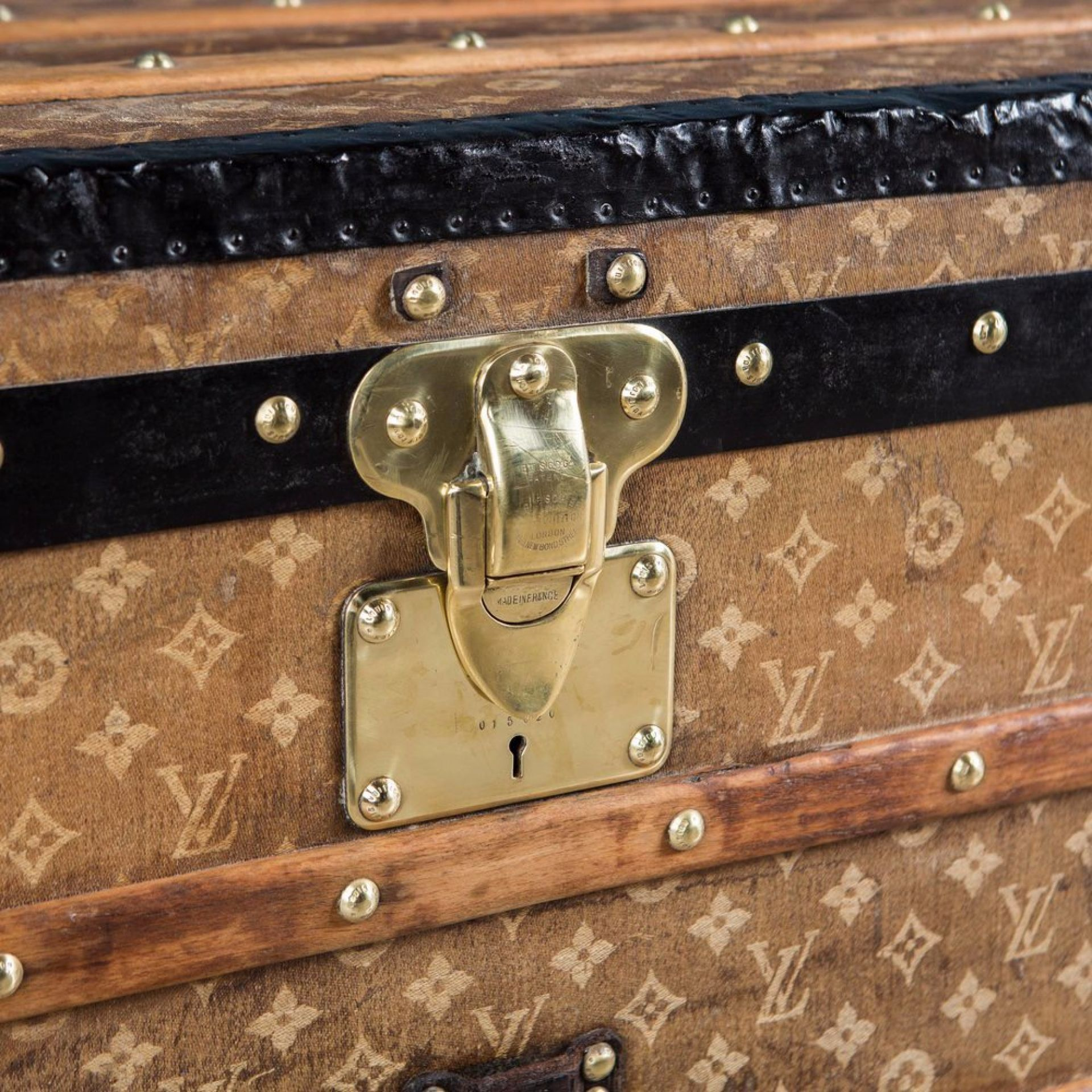ANTIQUE 19thC LOUIS VUITTON TRUNK IN WOVEN CANVAS, PARIS c.1890