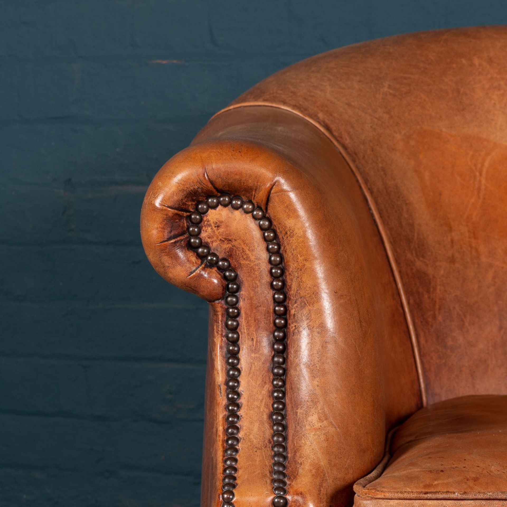 STUNNING 20thC PAIR OF DUTCH SHEEPSKIN LEATHER TUB ARMCHAIRS