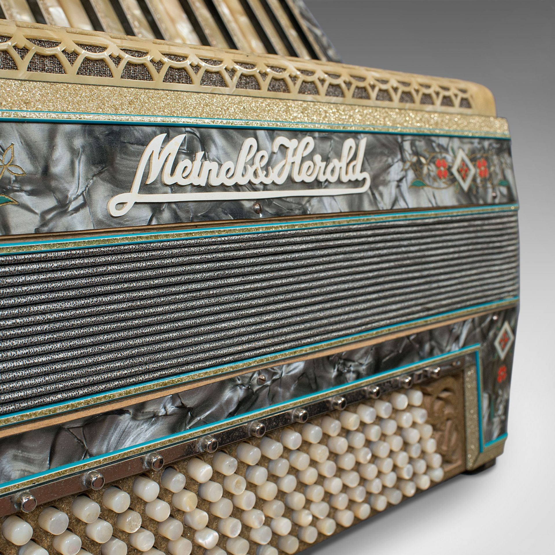 Vintage Piano Accordion, German, Squeezebox, Meinel and Herold, Dix Reeds