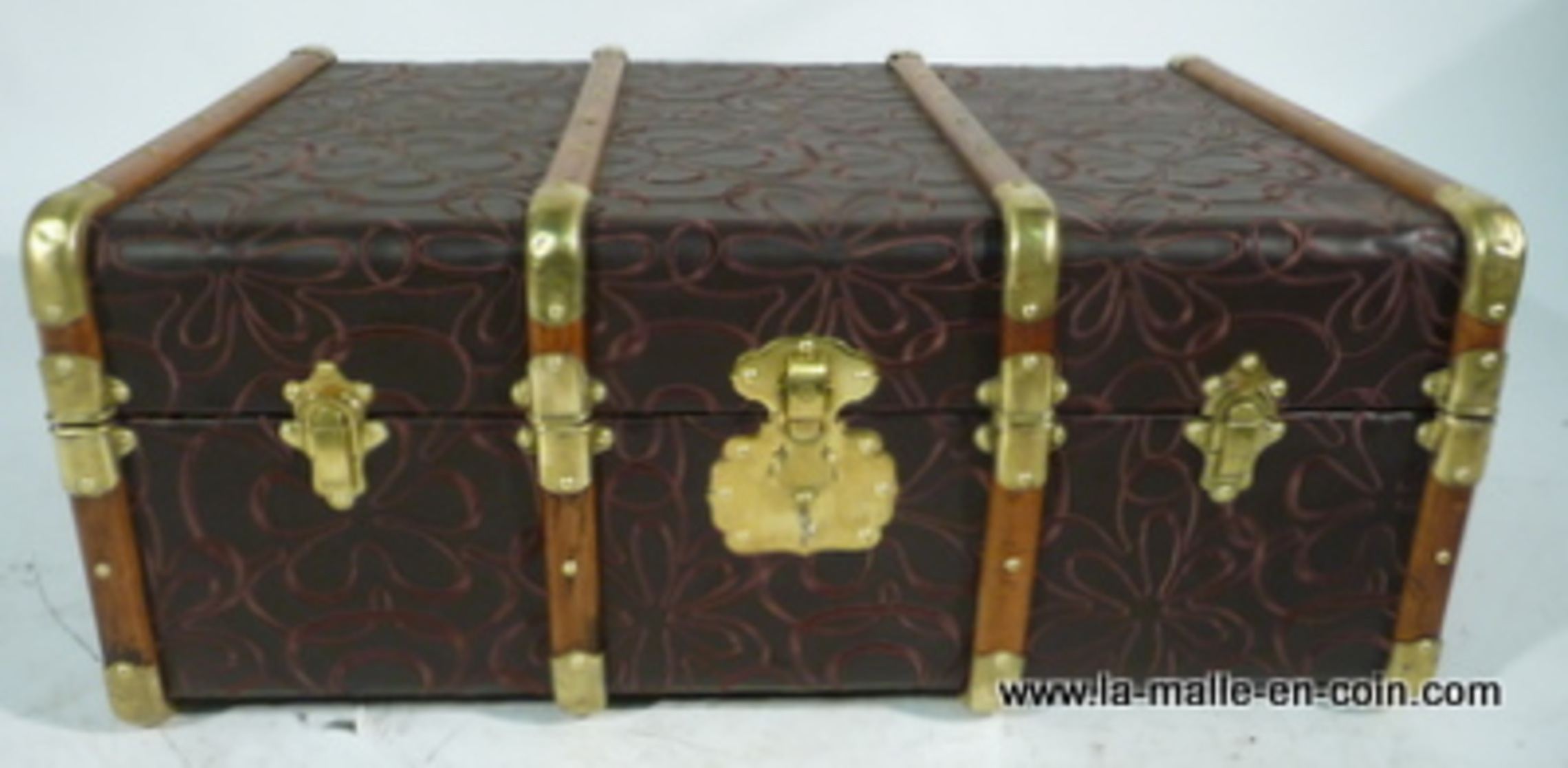 cabin  Trunk 20's /  Malle cabine broderie