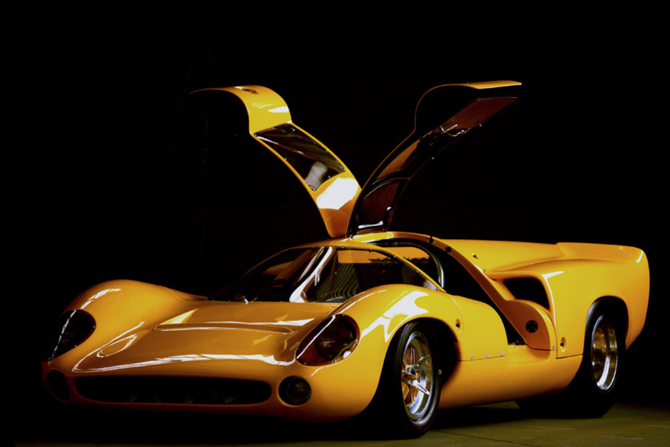 Lola T165-70 Custom, Concours Winning CanAm road car - Road & Track, Cover car