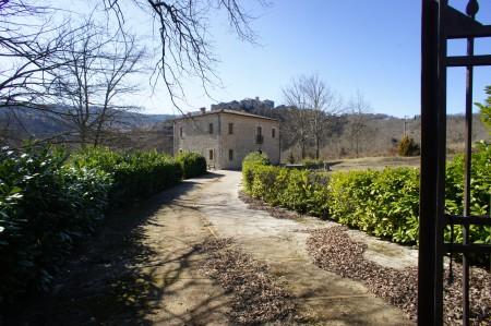 HP-671 Casale Fontechiari Lazio Italy