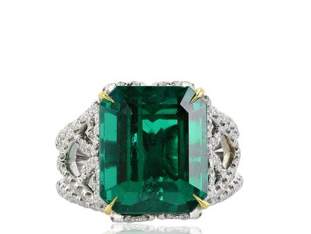 10.18ct Emerald & Diamond Ring