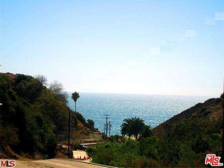 16421 PACIFIC COAST HIGHWAY - PACIFIC PALISADES