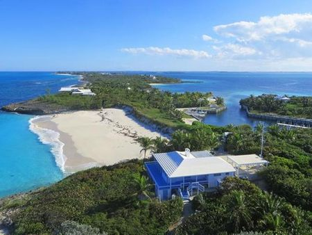 THE ICONIC ABACO ESTATE