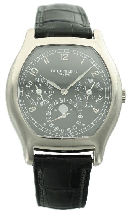 Patek Philippe Perpetual Calendar ref. 5040G