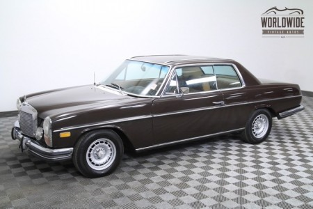 1972 MERCEDES 250C W114. RARE! GARAGED. POWER WINDOWS. BEAUTIFUL.