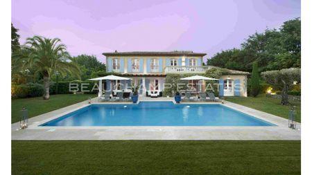 Charming villa Saint Tropez