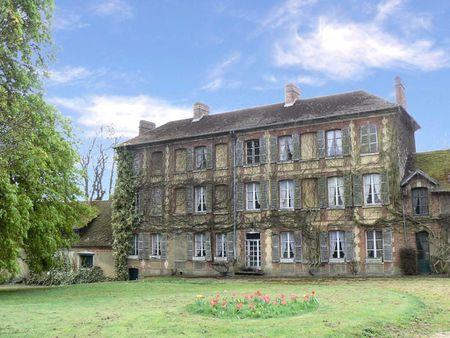 Castle OISE (France)
