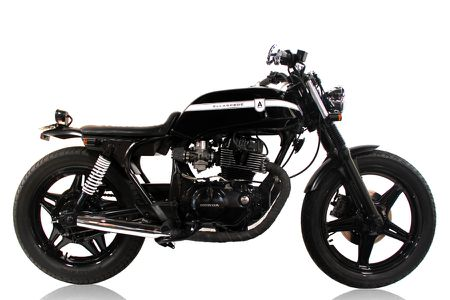 EB009 – 1980 Honda CB250N