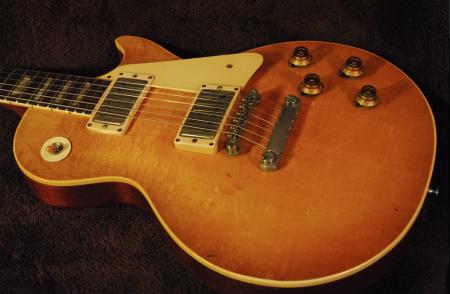 1958 Gibson Les Paul Standard Sunburst Guitar
