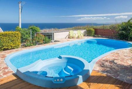 Holiday rentals Saint-Leusienne