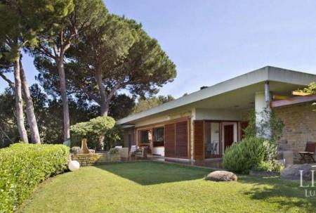 LUXURY HOUSE IN CASTIGLIONE DELLA PESCAIA