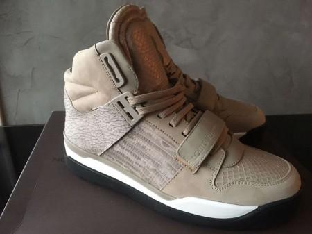 Authentic Louis Vuitton Trailblazer Sneaker Boot Lizard Skin size 7 - 7.5 US