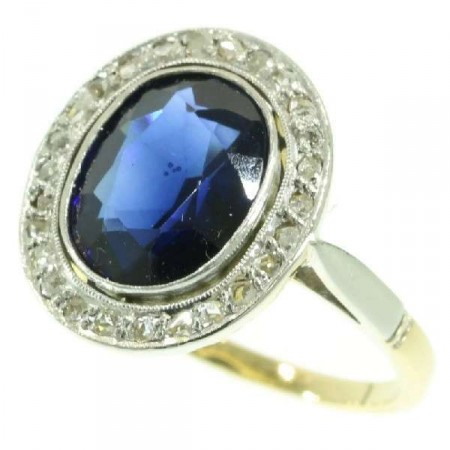 Blue Sapphire and Diamond Art Deco Ring
