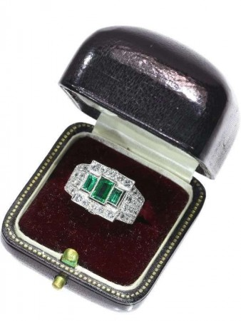 Colombian Emerald and Diamond Rings Original Box Royal Court
