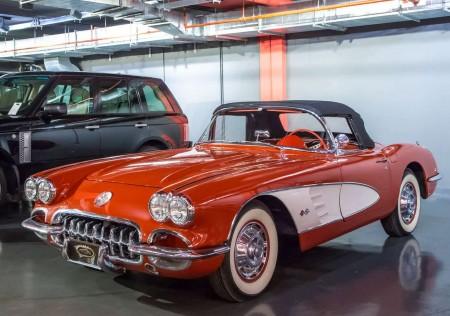 1960 CHEVROLET - CORVETTE C1