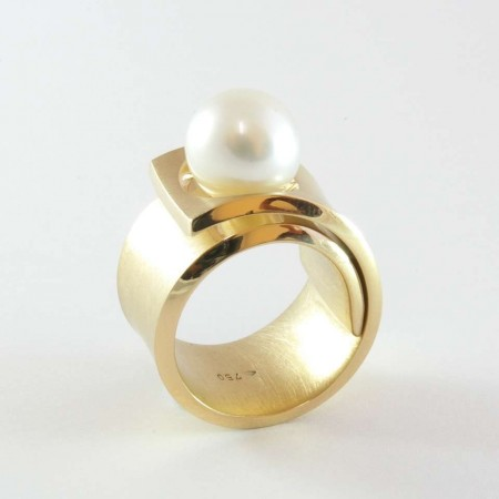 Contemporary Gold and Freshwater Pearl Statement Ring