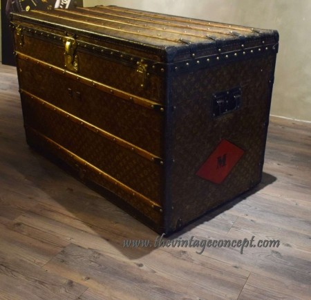 "Louis Vuitton Malle Courrier Initial ""M"""
