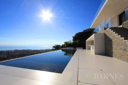 NEAR CANNES - CONTEMPORARY VILLA - PAN