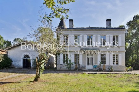 BORDEAUX 10 MIN - WATERFRONT - PRIVATE MANSION - PARC 1,3 HA