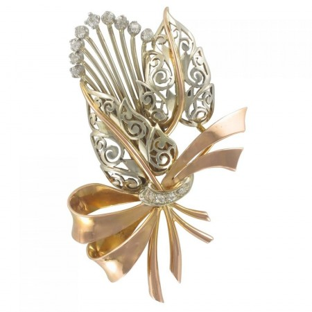 Vintage brooch with gold bouquet and diamonds
