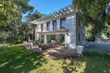 Cannes - Contemporary villa