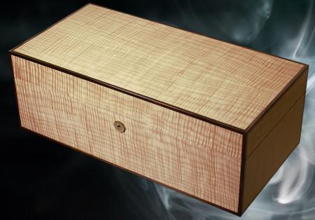 Luxury Desktop Cigar Humidor by Conocedor Finland