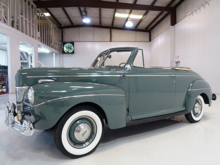 1941 Ford Super Deluxe Club Convertible