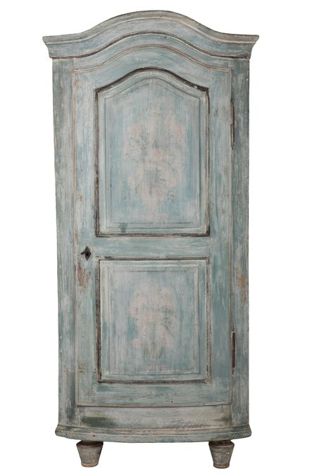 Bow Fronted Corner Cupboard c.1780