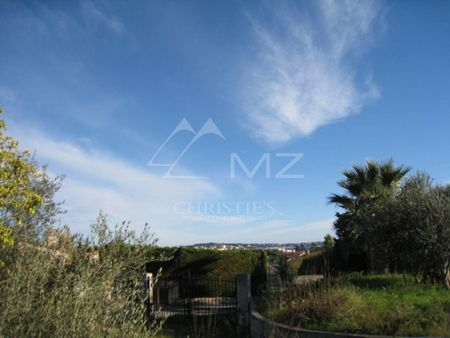 Close to Cannes - Plot in peaceful environment