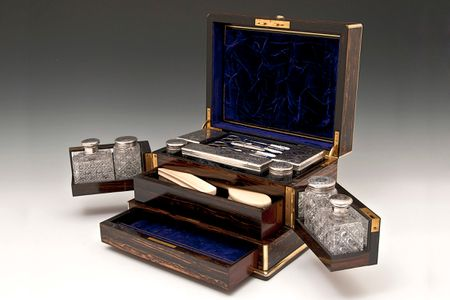 PARKINS & GOTTO SILVER VANITY BOX