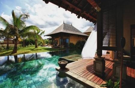 Villa in Beach Front Estate (Mauritius)
