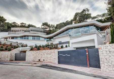 SPECTACULAR PROPERTY WITH SEA VIEW IBIZA